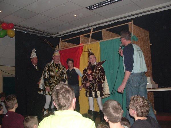 13-jeugdprinsebal-2006-015