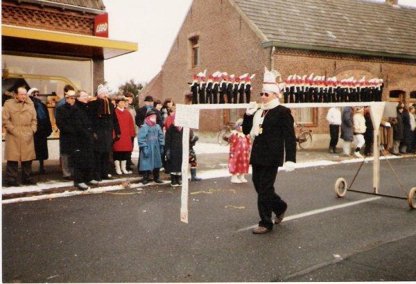 1986-10